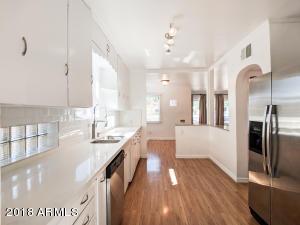699 W Georgia Avenue Phoenix, AZ 85013