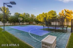 32 Sport Court