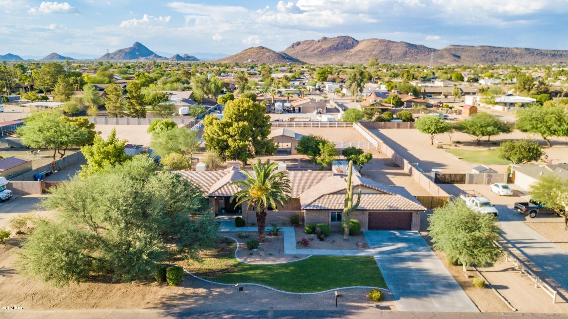 Photo of 4802 W Soft Wind Drive, Glendale, AZ 85310