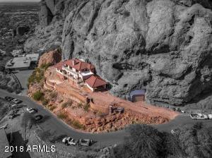 4926 E Red Rock Drive Phoenix, AZ 85018