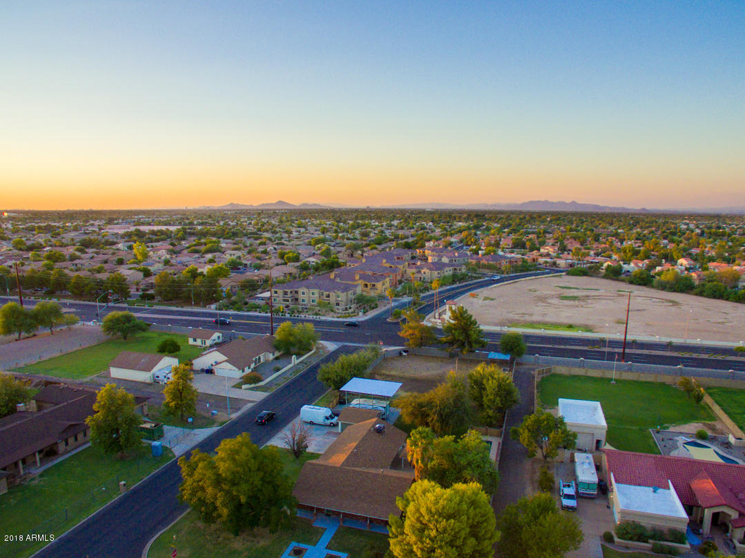 MLS 5816037 1516 E LONGHORN Drive, Chandler, AZ 3 Bedrooms