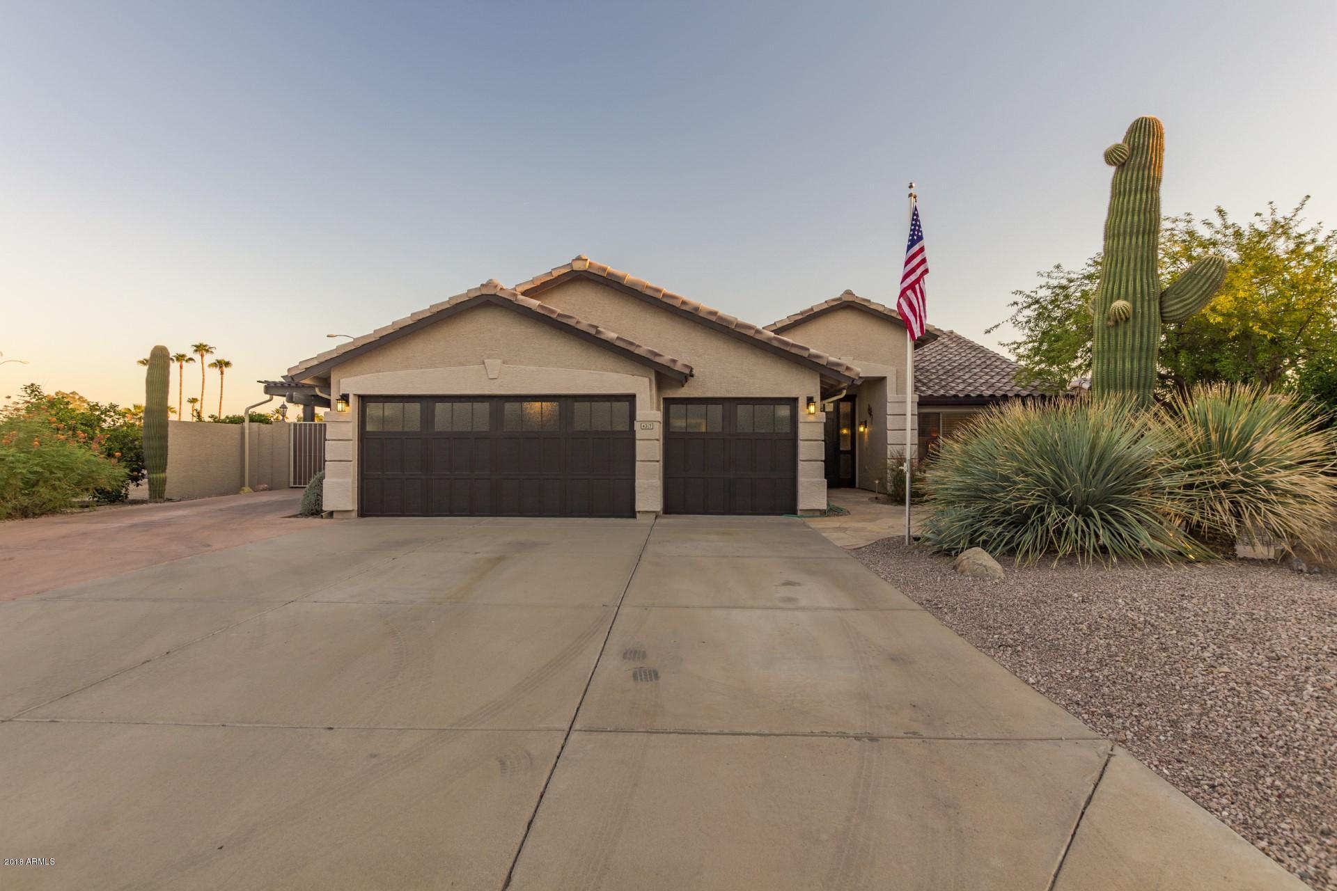 Photo of 4317 E ELLIS Street, Mesa, AZ 85205