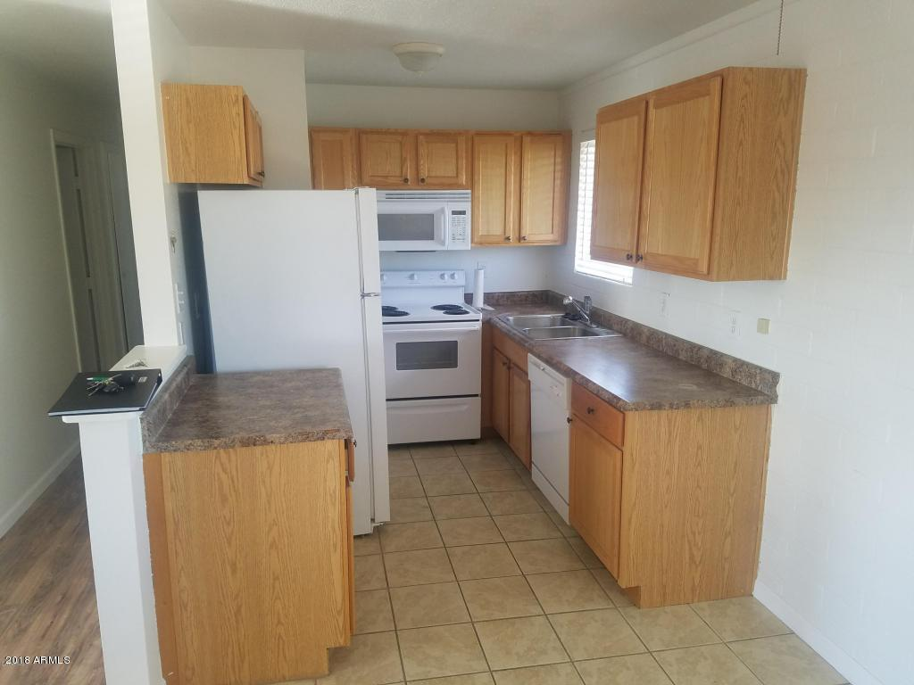 MLS 5819971 4401 N 12TH Street Unit 213, Phoenix, AZ Phoenix AZ Private Pool