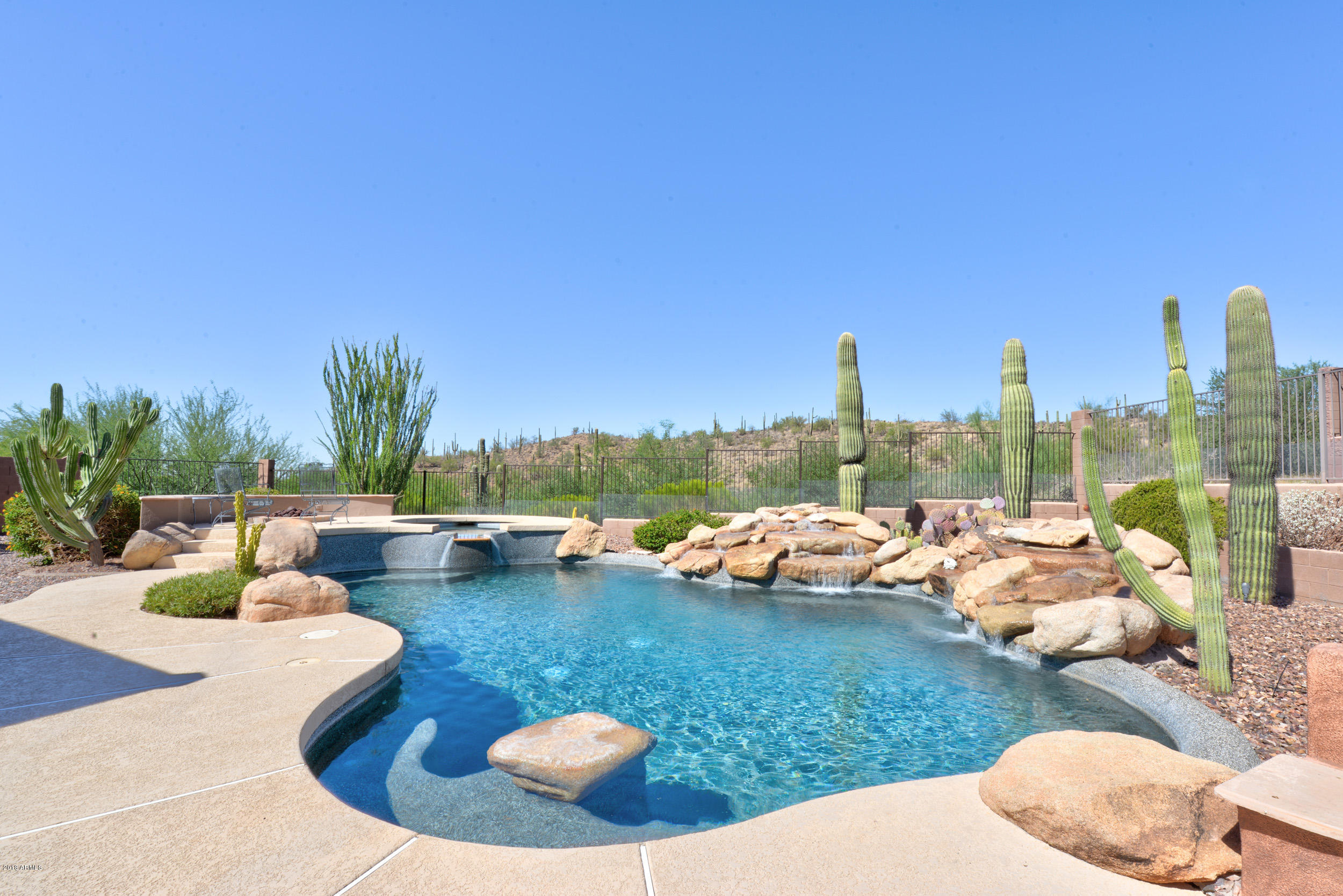 Photo of home for sale at 42224 CALEDONIA Way N, Anthem AZ