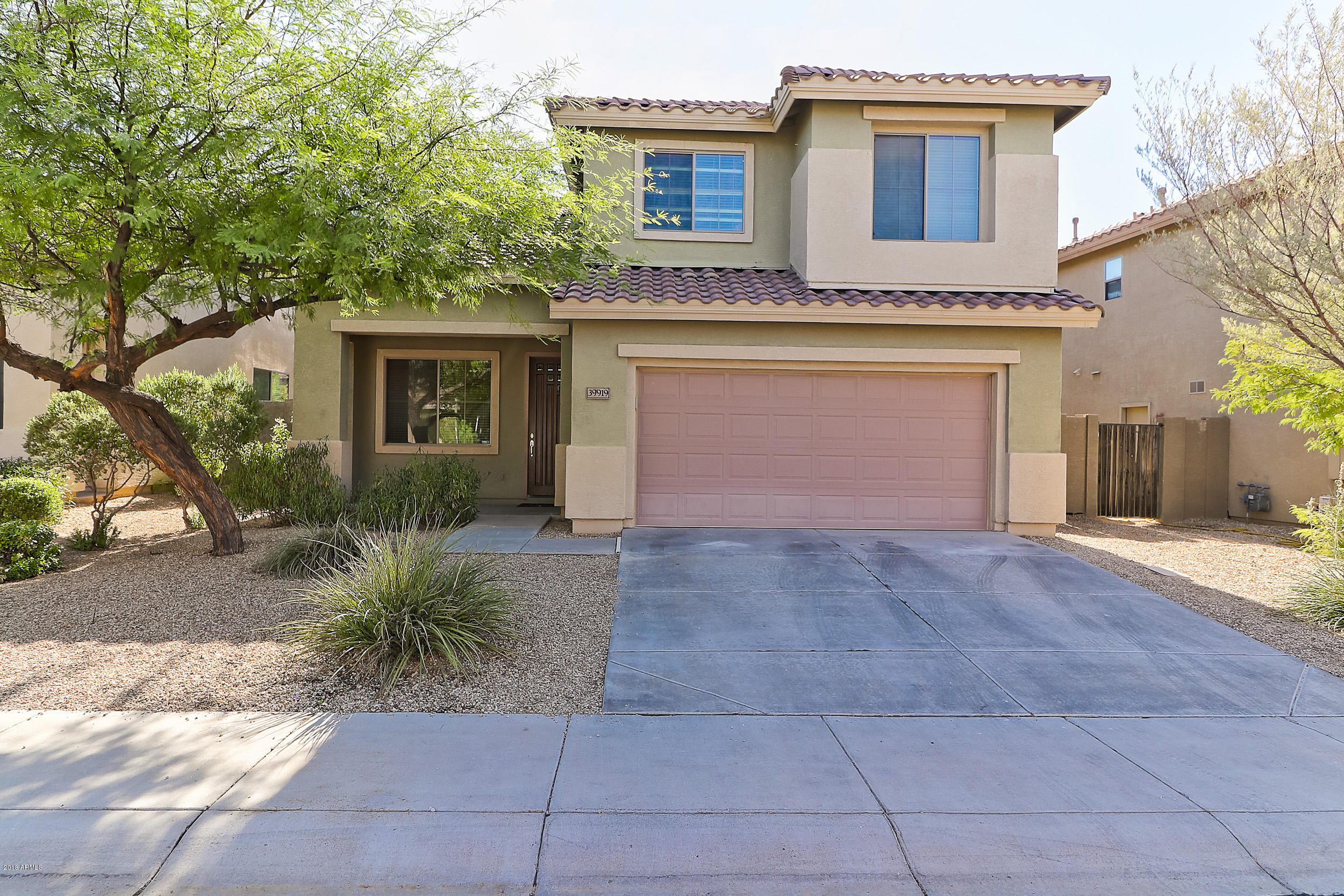 Photo of home for sale at 39919 RIVER BEND Road N, Phoenix AZ