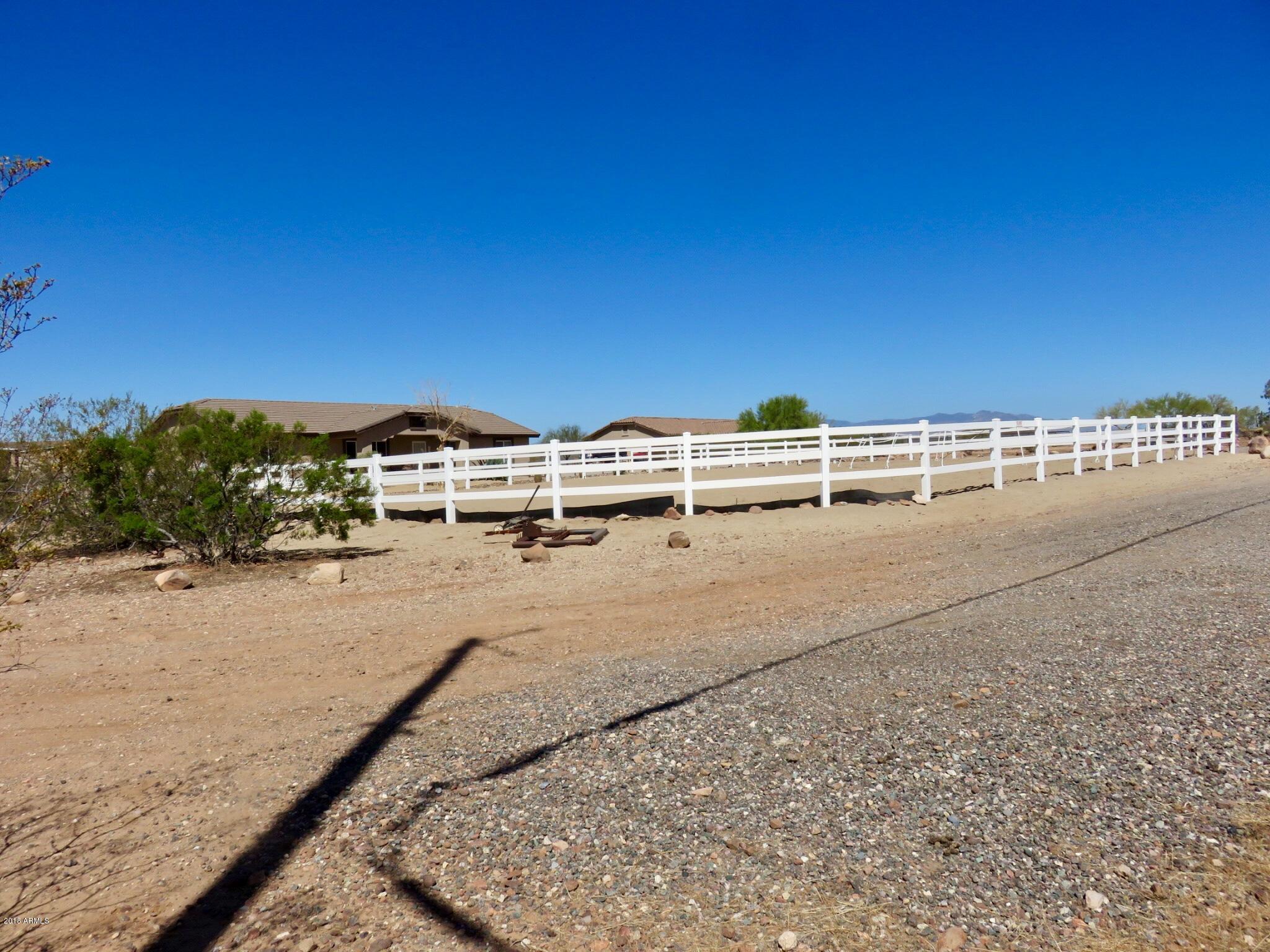 MLS 5820282 48712 N 35TH Avenue, New River, AZ New River AZ Equestrian