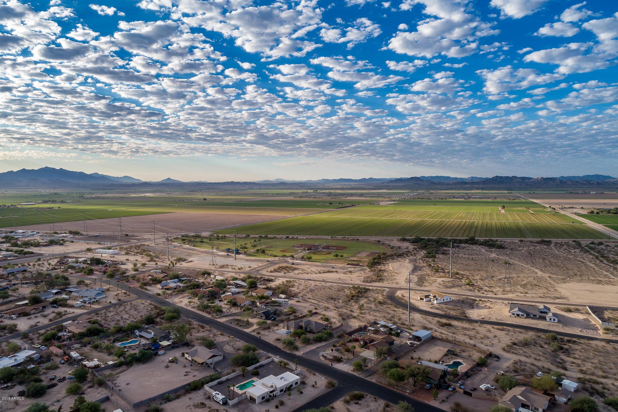 MLS 5821103 22931 W GIBSON Lane, Buckeye, AZ Buckeye Horse Property for Sale