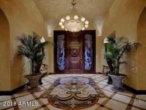 008_Grand Entrance