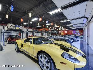 083_Auto Showroom 5