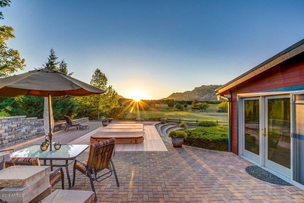 MLS 5821533 2800 W PEMBERTON Drive, Prescott, AZ Prescott AZ Equestrian