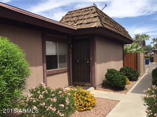 Photo of 813 S CASITAS Drive #B, Tempe, AZ 85281