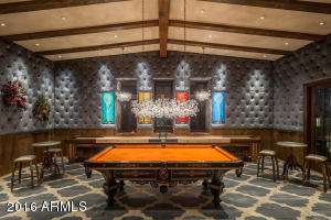 Guest quarters game room