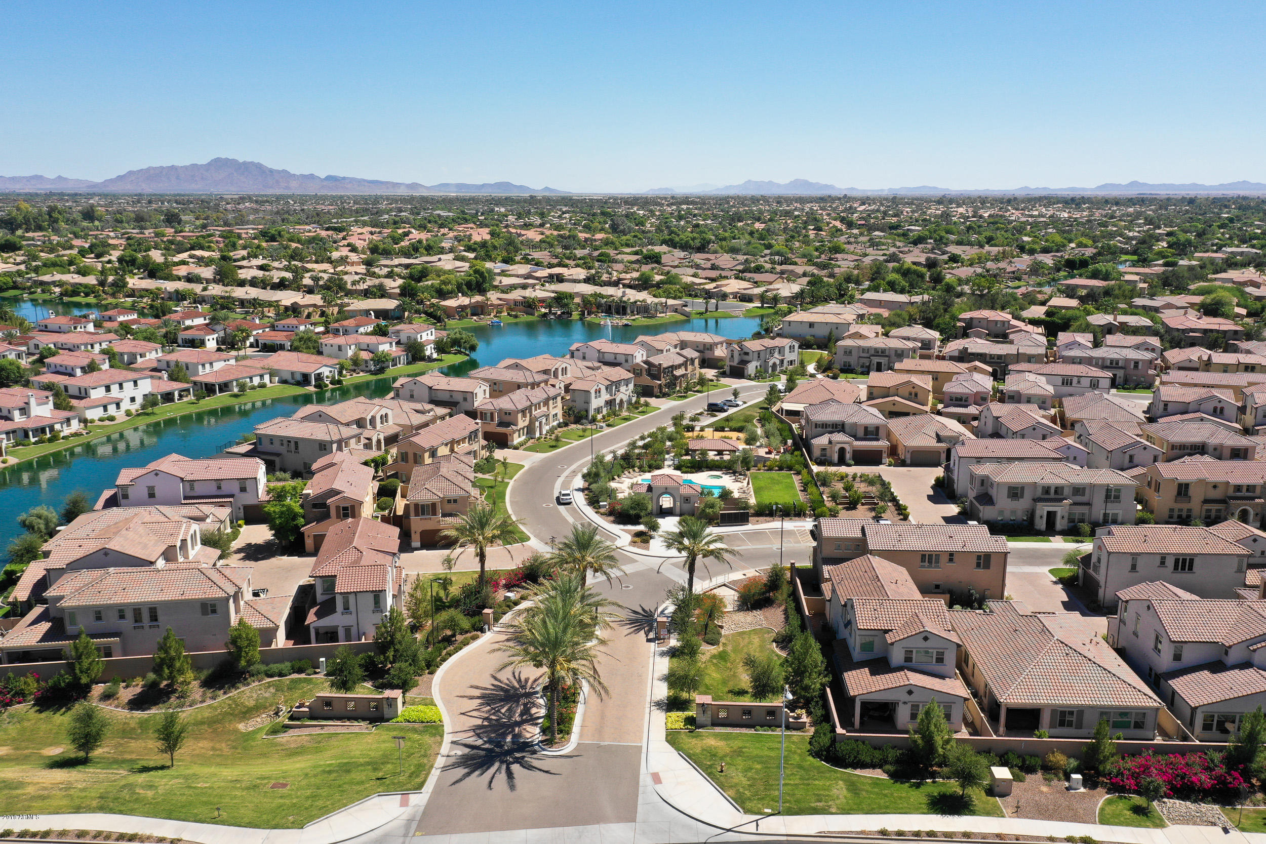 MLS 5823682 4143 S PECAN Drive, Chandler, AZ 85248 Community Pool