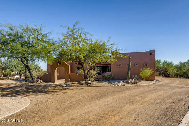Photo of home for sale at 2329 CARLISE Road E, Phoenix AZ