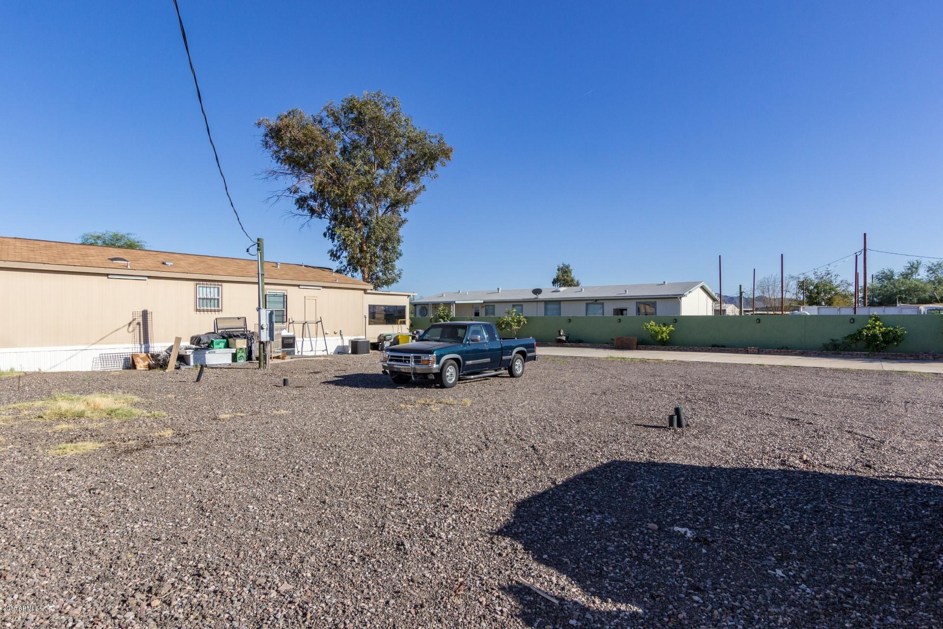 MLS 5825555 5622 S 42ND Drive, Phoenix, AZ Phoenix AZ Equestrian