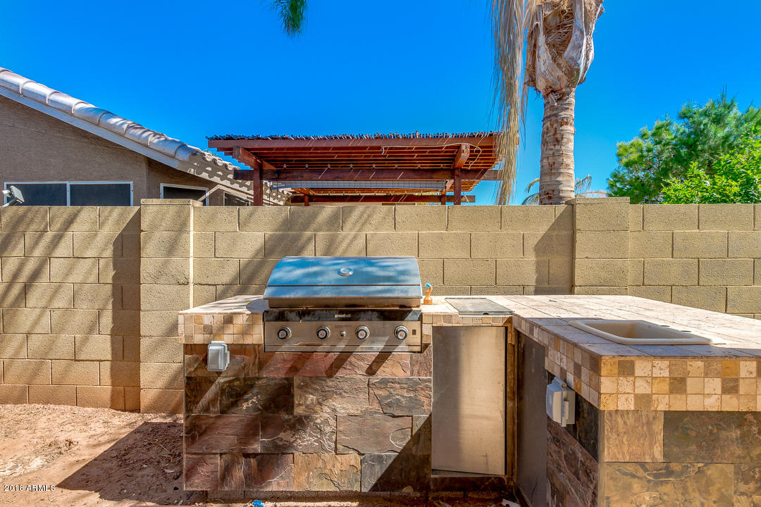MLS 5825667 105 W IVANHOE Street, Gilbert, AZ 85233 Gilbert AZ Rancho Del Verde