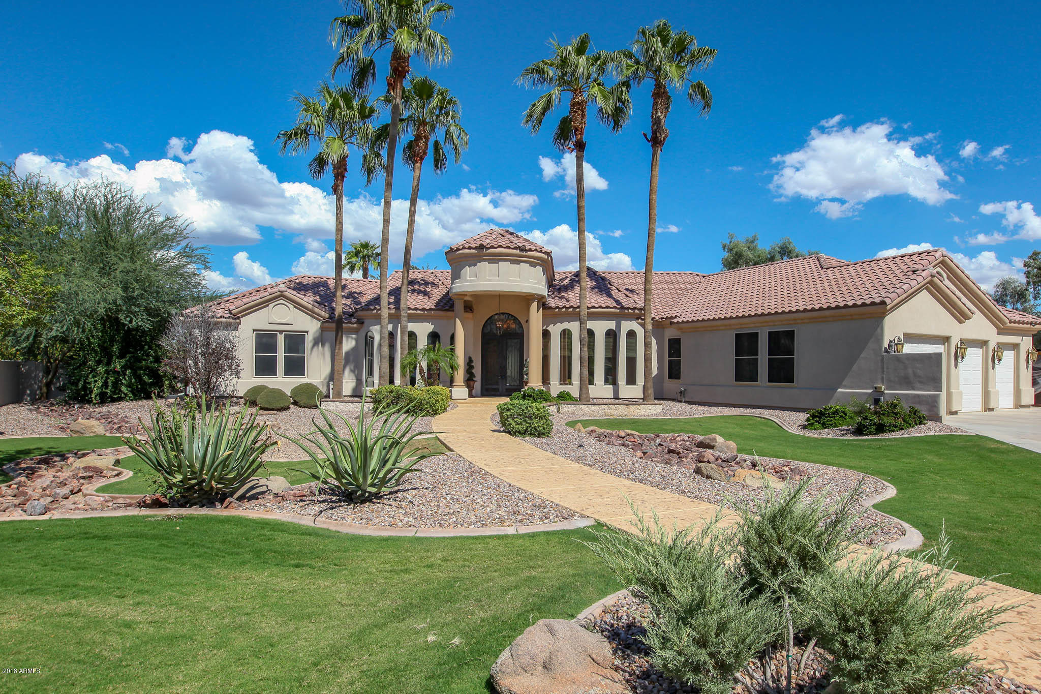Photo of 2598 E BEECHNUT Court, Chandler, AZ 85249