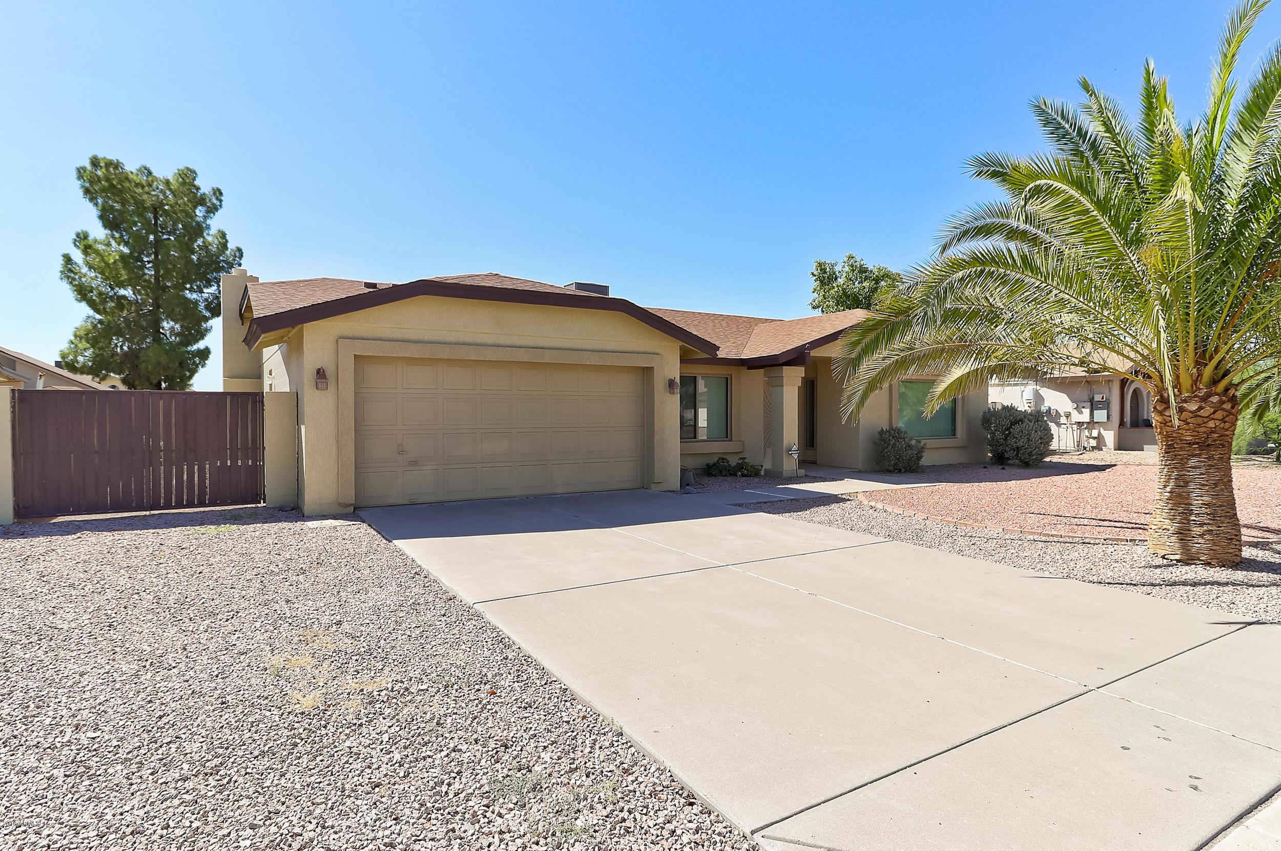 Photo of 7333 W CANTERBURY Drive, Peoria, AZ 85345