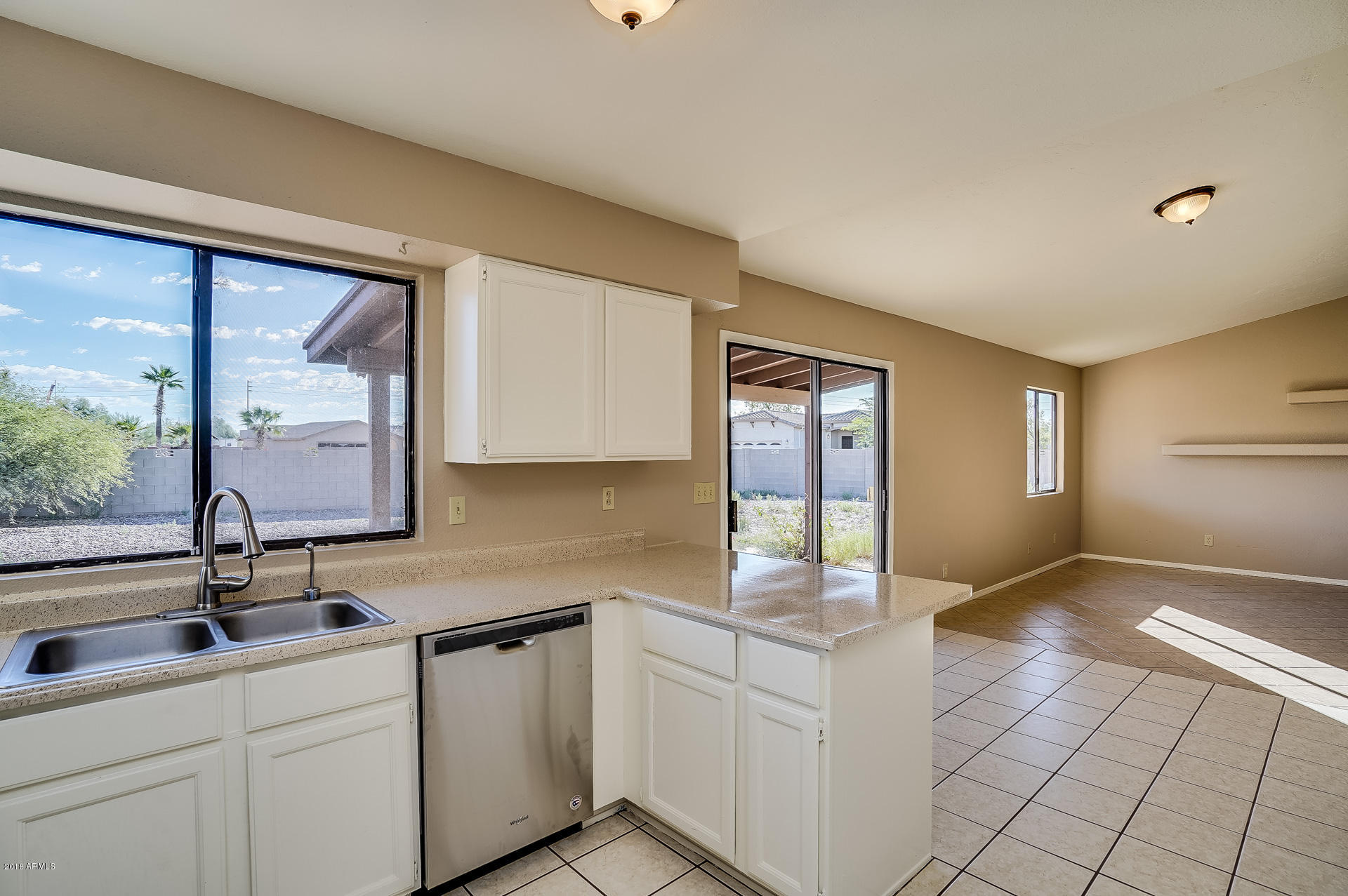15085 S CHERRY HILLS Drive Arizona City, AZ 85123 - MLS #: 5827085
