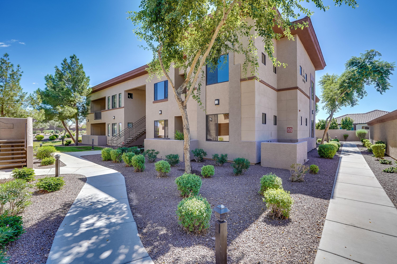 Photo of 3330 S GILBERT Road #2010, Chandler, AZ 85286