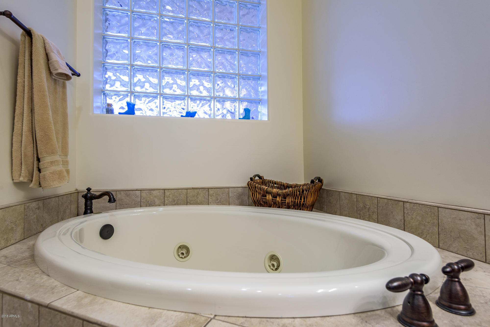 MLS 5827705 12479 N FALDALE Road, Casa Grande, AZ 85122 Casa Grande AZ Homes 10,000 Plus SqFt Lot