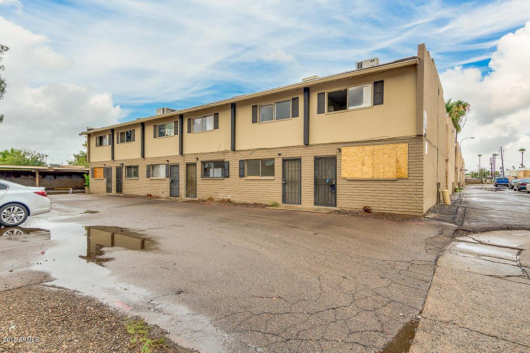 6802 N 44TH Avenue Unit 2 Photo 2