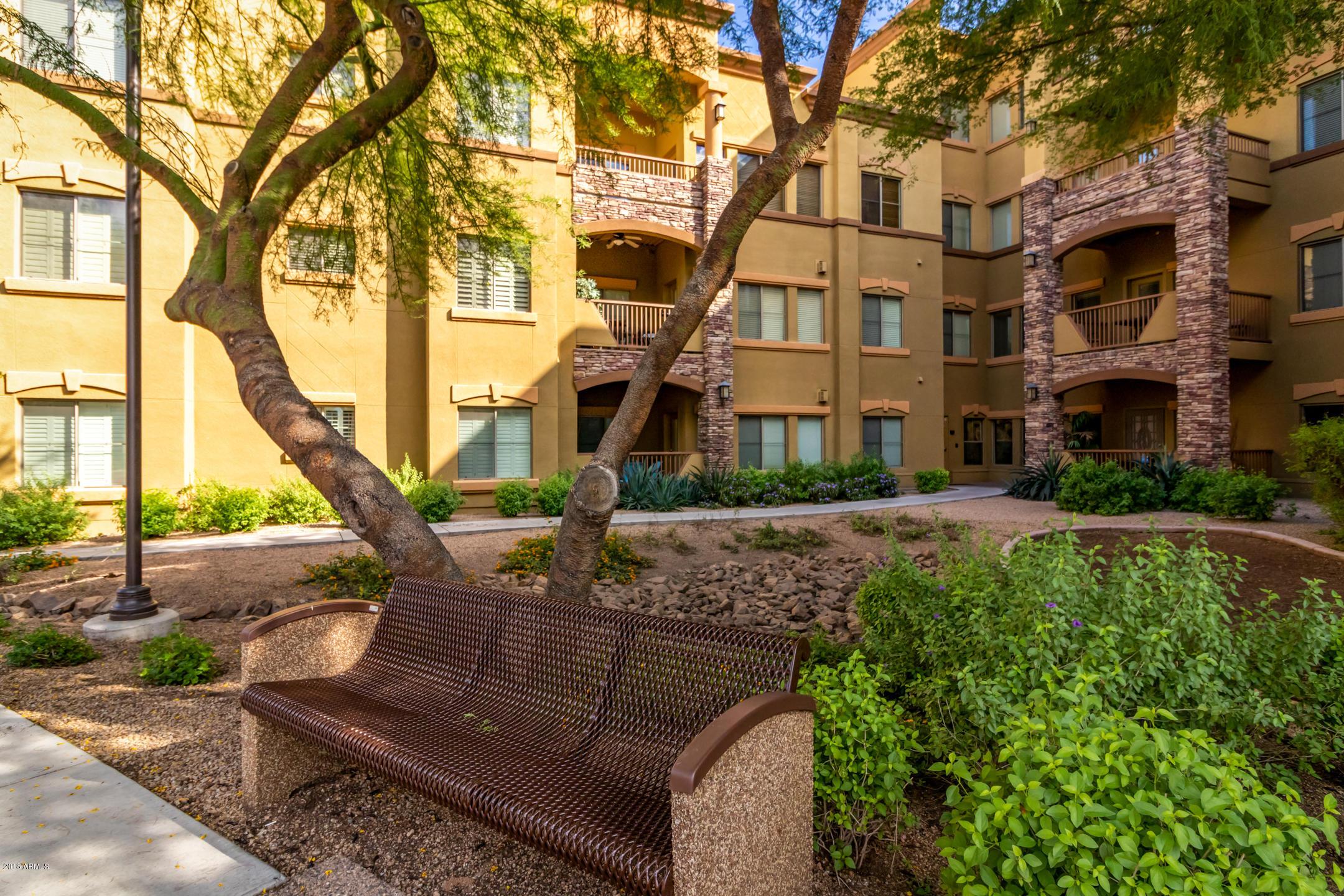 MLS 5830638 5450 E DEER VALLEY Drive Unit 4200 Building 11, Phoenix, AZ 85054 Phoenix AZ Short Sale