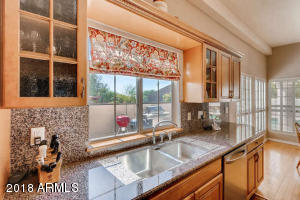 8410 N 16th Pl Phoenix AZ-small-006-7-Ki