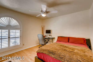 8410 N 16th Pl Phoenix AZ-small-016-27-B