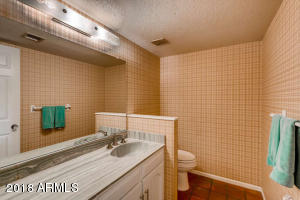 8410 N 16th Pl Phoenix AZ-small-020-22-B