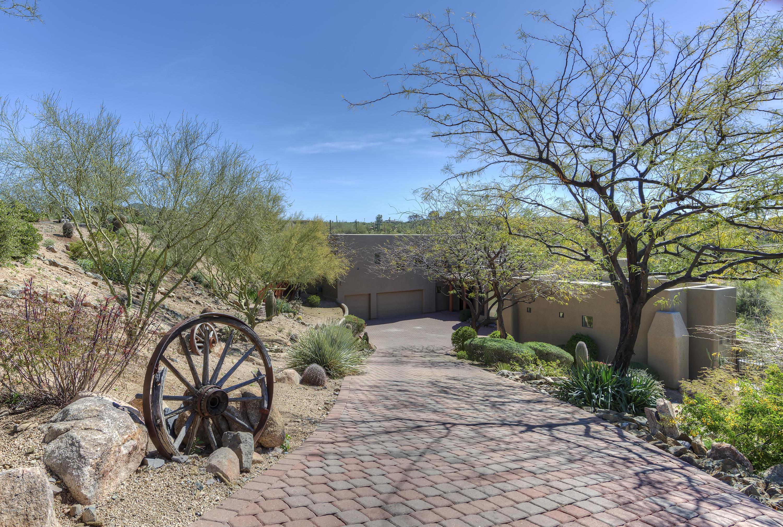 Photo of 7571 E VALLEY VIEW Trail, Carefree, AZ 85377