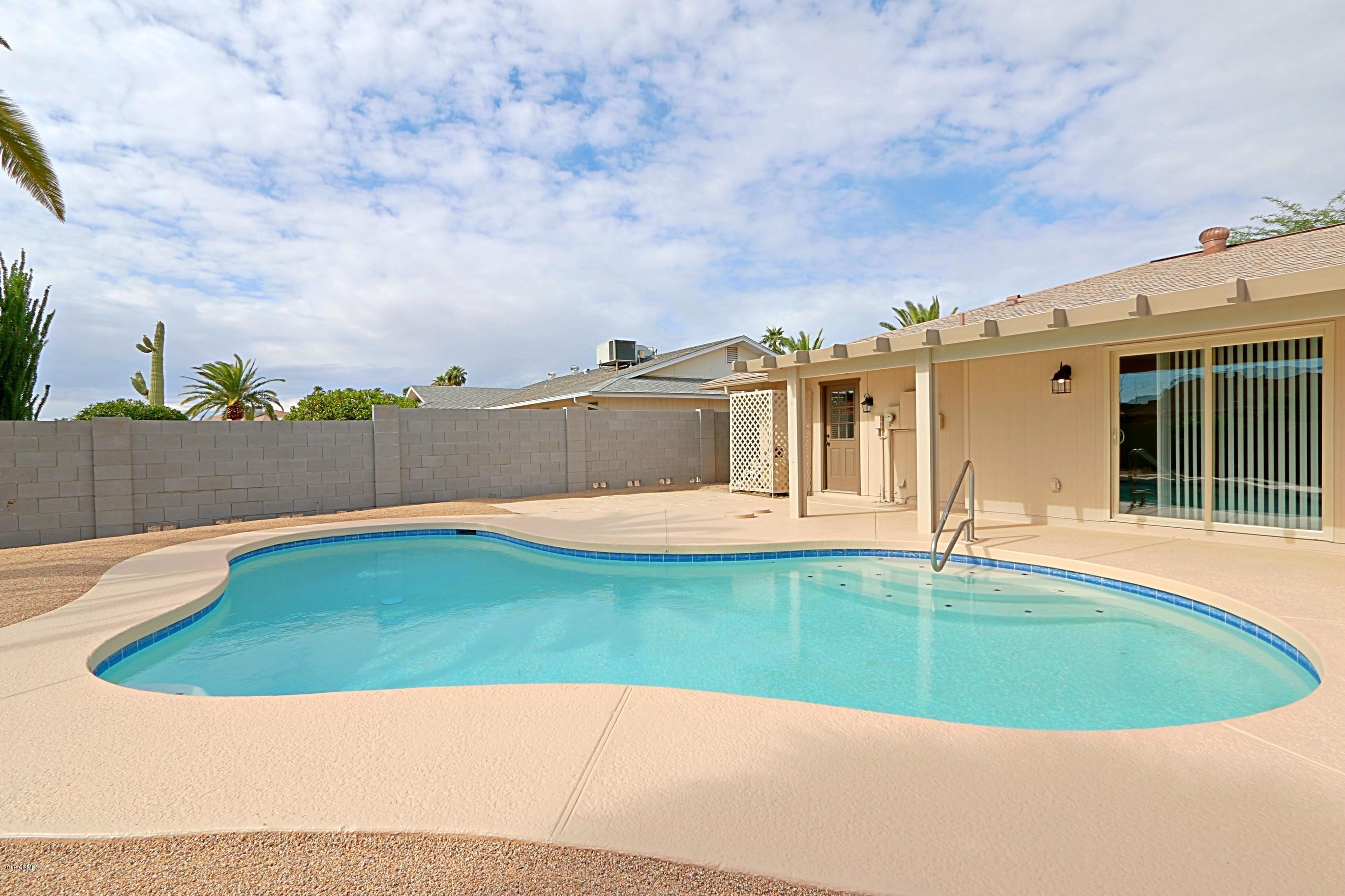 MLS 5834349 13035 W Foxfire Drive, Sun City West, AZ Sun City West AZ Private Pool