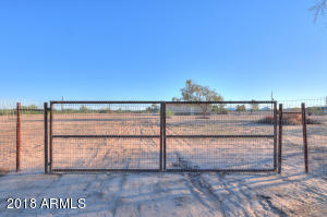 Property for sale at 50957 W Peters And Nall Road, Maricopa,  Arizona 85139