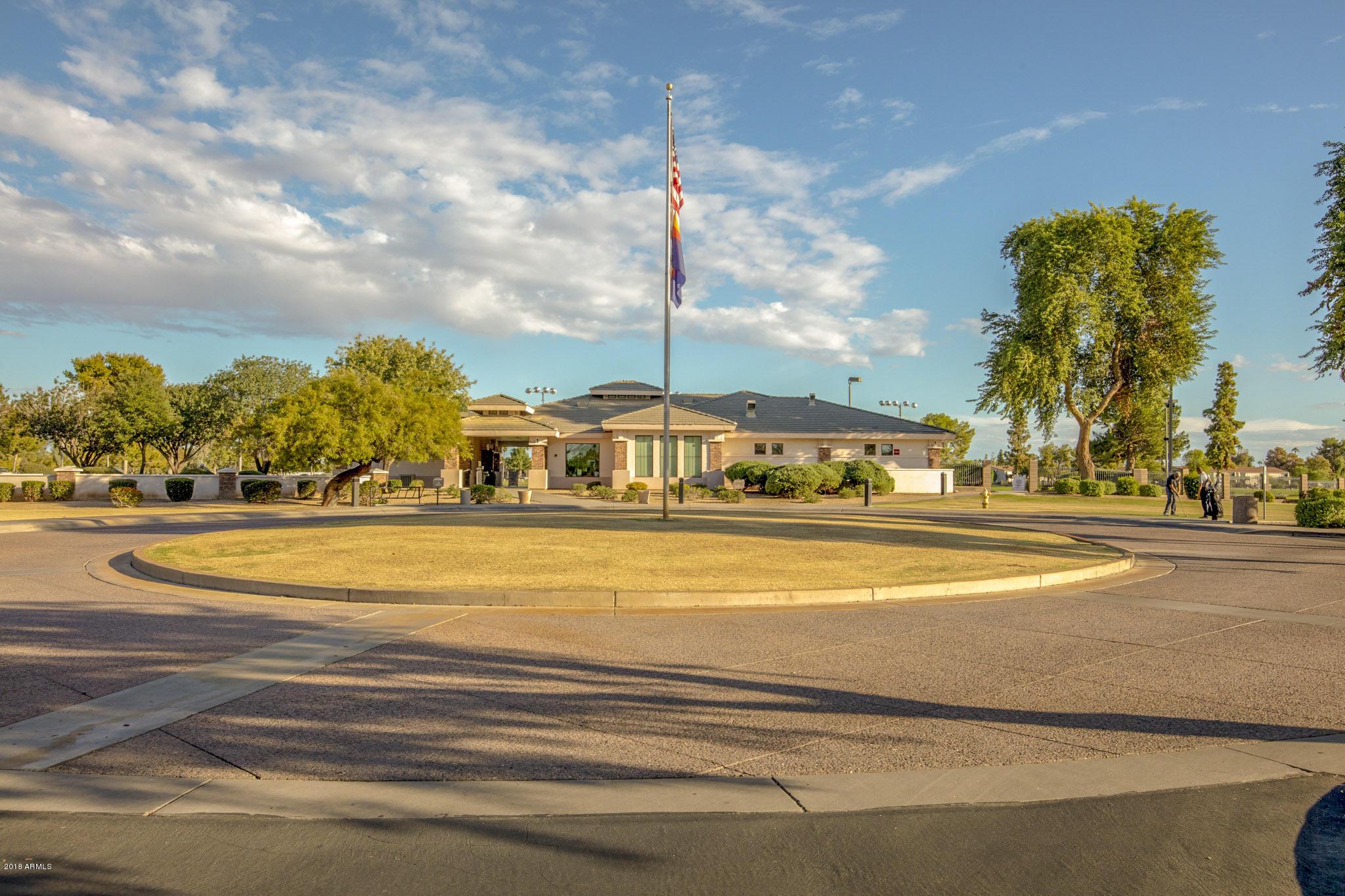 MLS 5835481 2312 W LINDNER Avenue Unit 39, Mesa, AZ Mesa AZ Waterfront