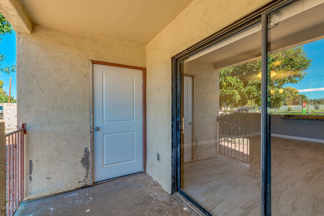MLS 5835055 715 S EXTENSION Road Unit 68, Mesa, AZ Mesa AZ Private Pool