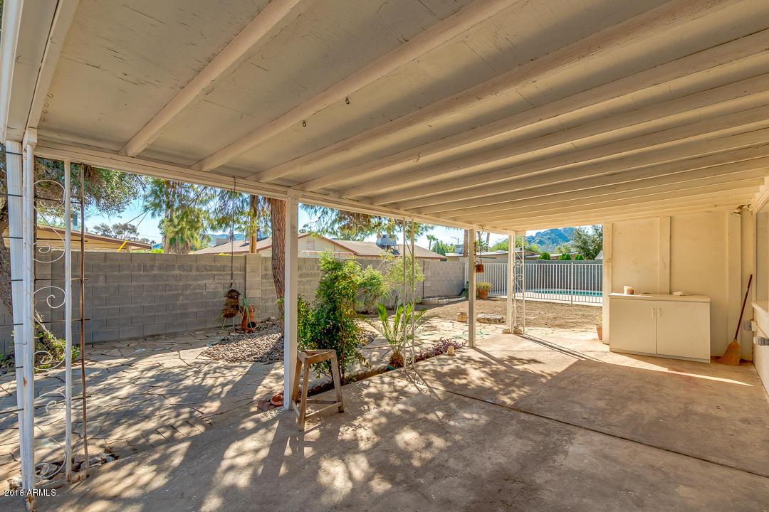 MLS 5836540 2865 E CINNABAR Avenue, Phoenix, AZ 85028 Phoenix AZ Paradise Valley Oasis
