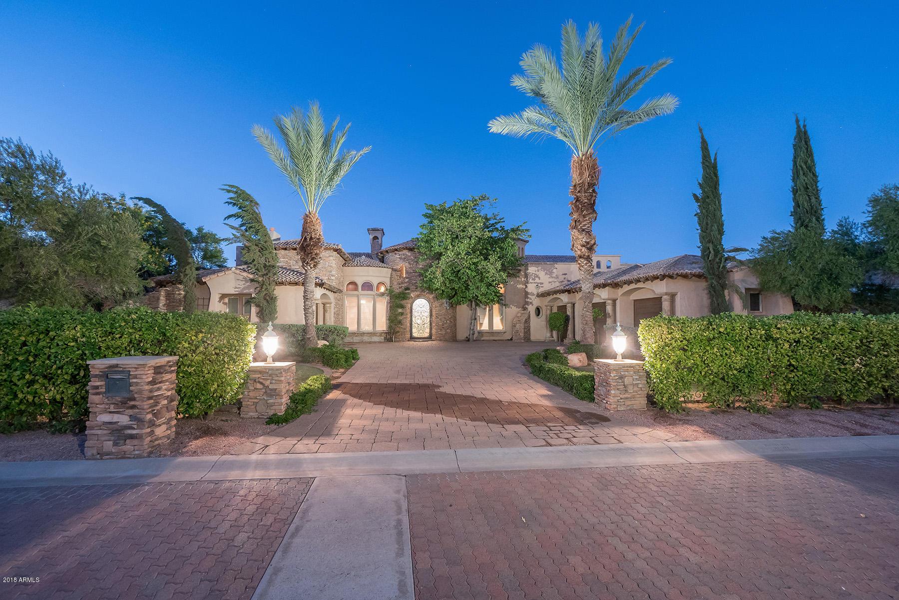 Photo of 5524 E ESTRID Avenue, Scottsdale, AZ 85254
