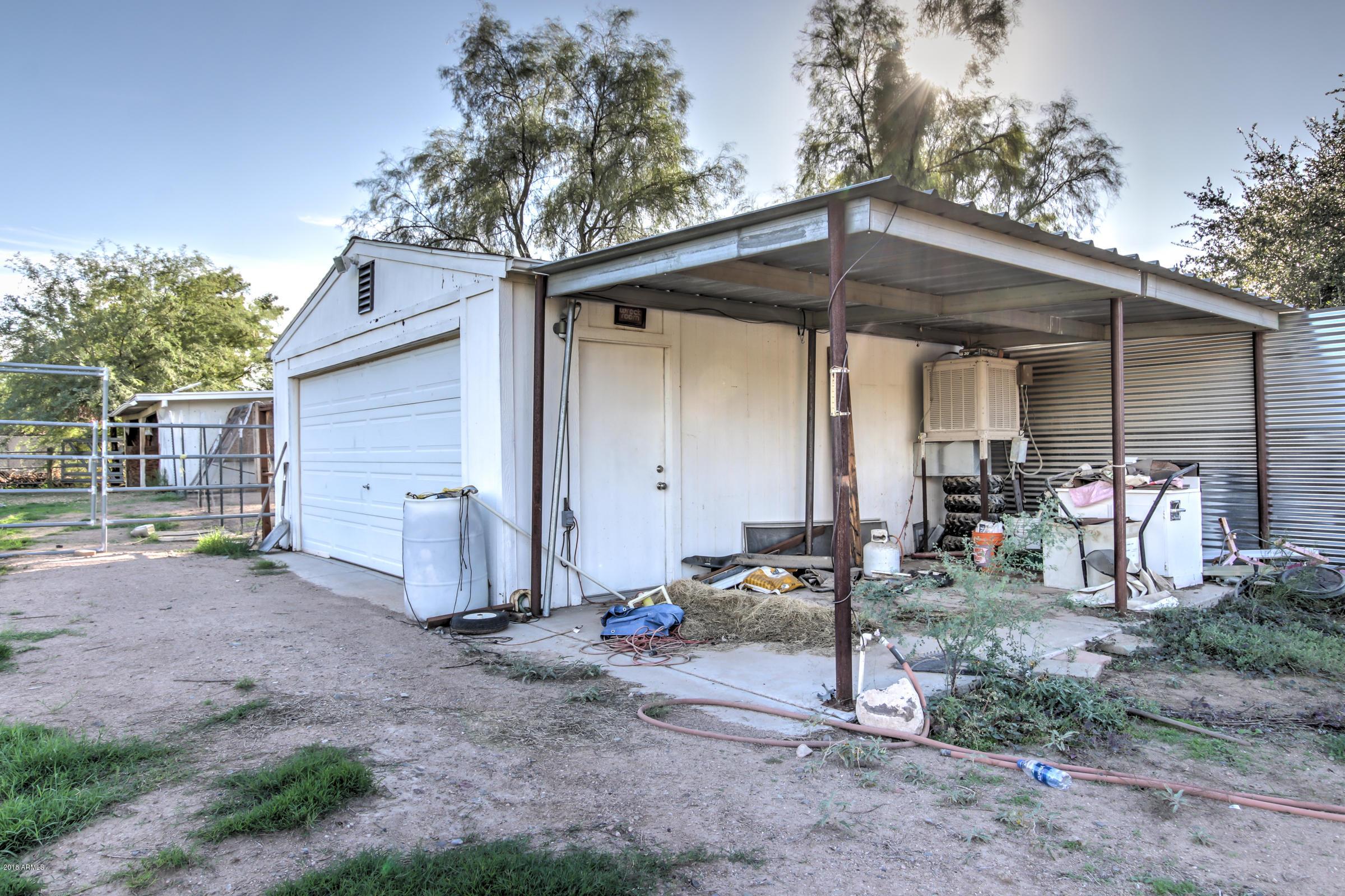 MLS 5837354 5417 W PARADISE Lane, Glendale, AZ Glendale AZ Equestrian