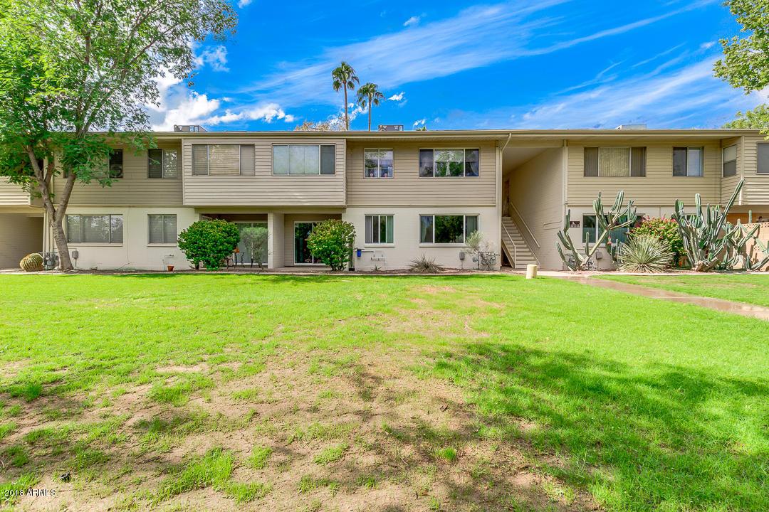 Photo of 8221 E GARFIELD Street #L105, Scottsdale, AZ 85257