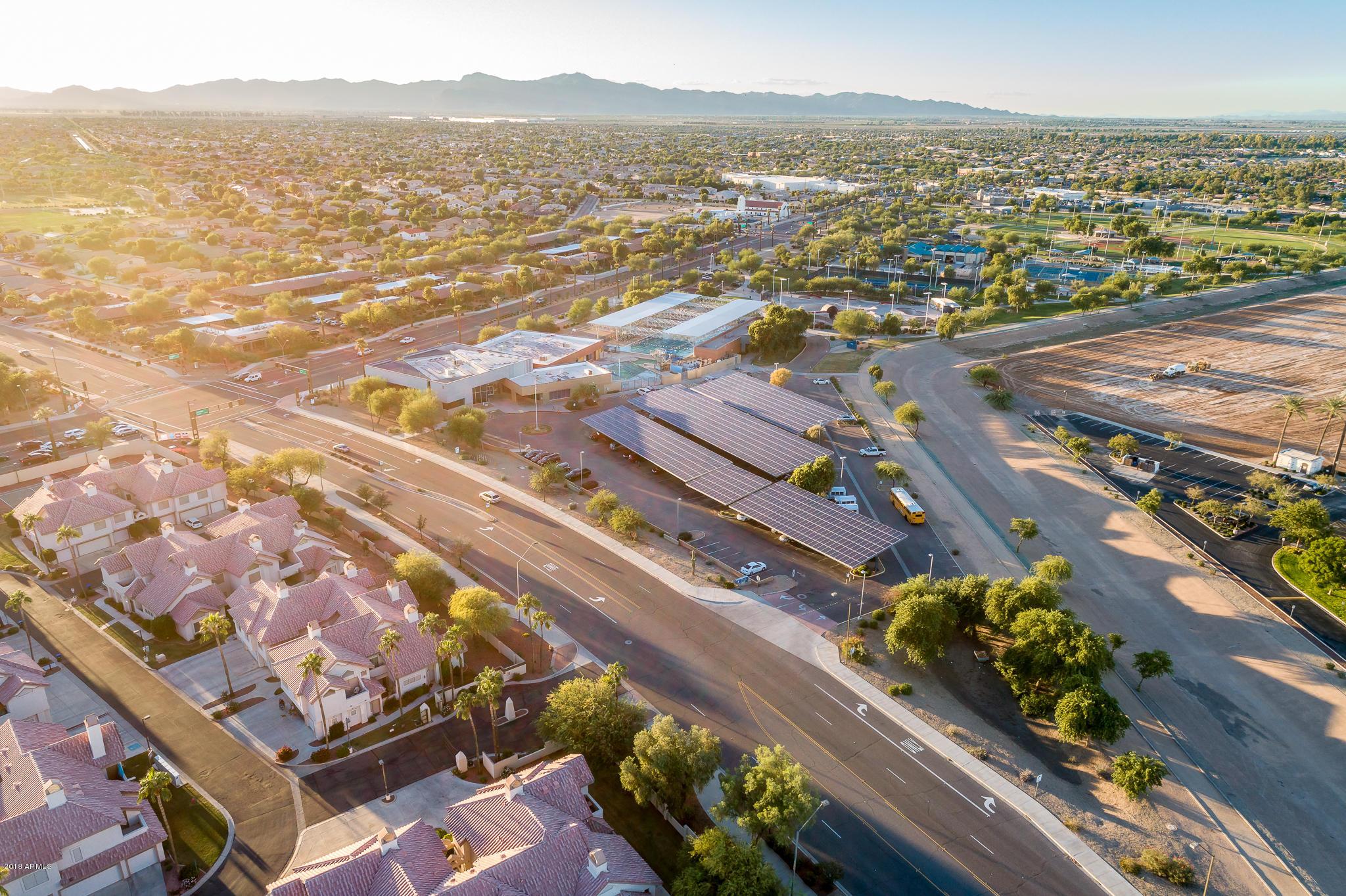 MLS 5837847 2801 N LITCHFIELD Road Unit 70, Goodyear, AZ Goodyear AZ Golf Gated