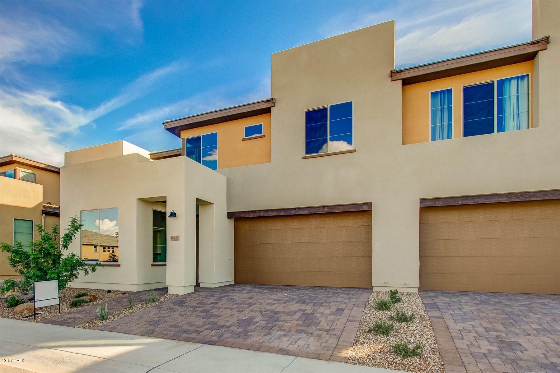 Photo of 815 E Cobble Stone Drive, San Tan Valley, AZ 85140