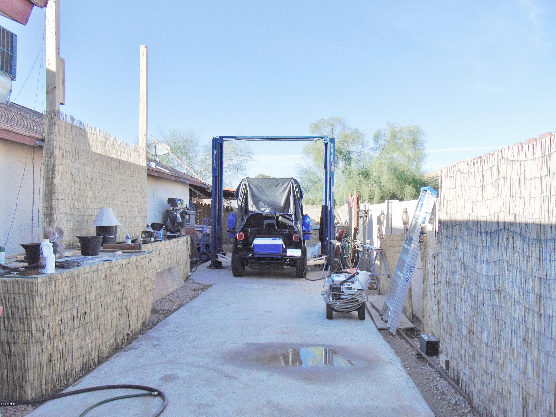 MLS 5839059 9546 W ONEIDA Drive, Arizona City, AZ Arizona City AZ Luxury