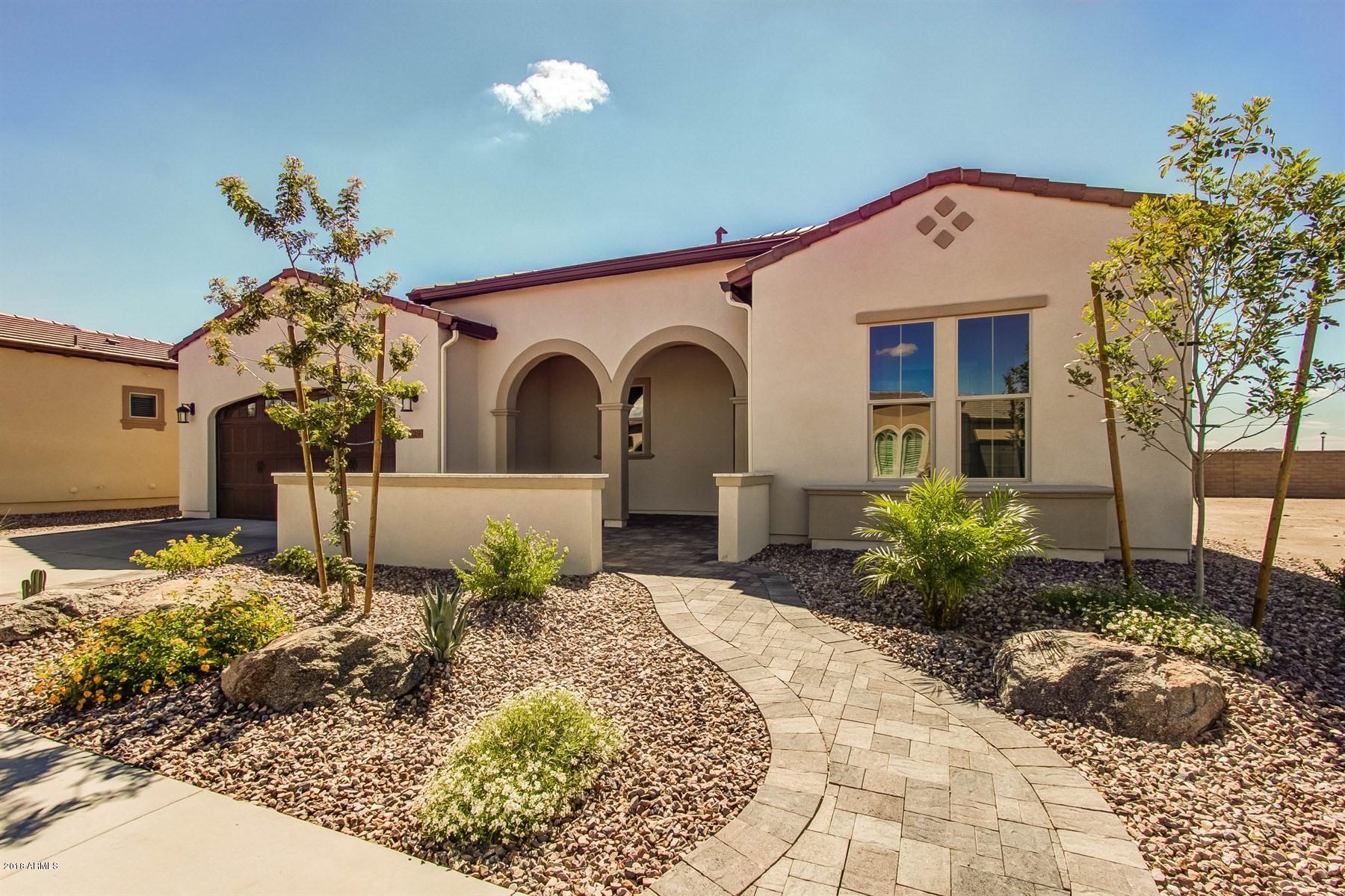 Photo of 129 E KENNEDIA Drive, San Tan Valley, AZ 85140