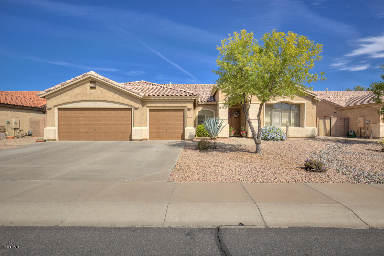 Photo of 2960 E BROOKS Street, Gilbert, AZ 85296