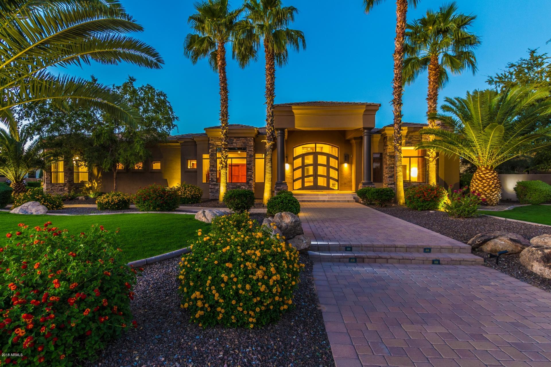 8066 W EXPEDITION Way, Peoria, Arizona