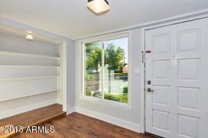 3728 N 12th St-large-003-28-Entryway-150