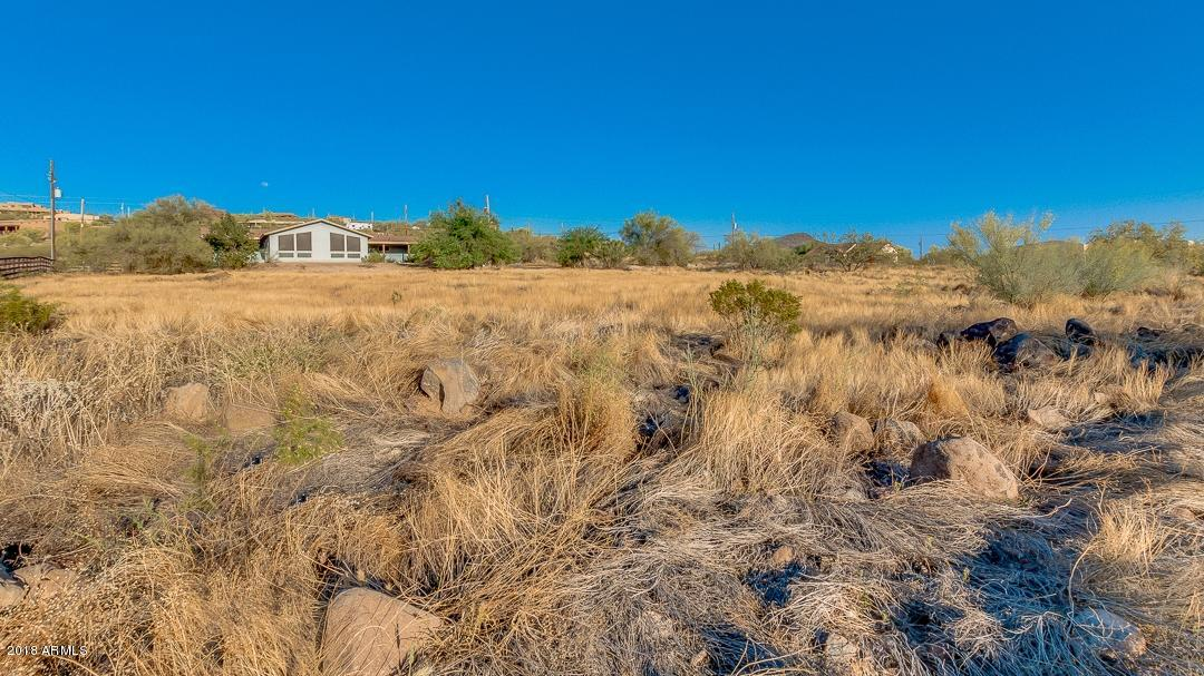 MLS 5759280 45220 N 14TH Street, New River, AZ 85087 New River AZ Three Bedroom