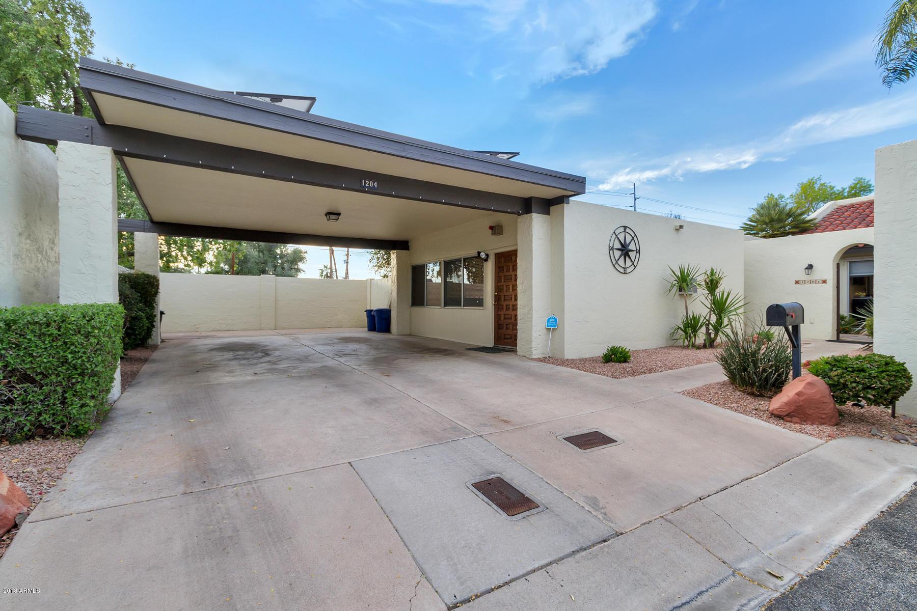 Photo of 1204 E PALACIO Lane, Phoenix, AZ 85014