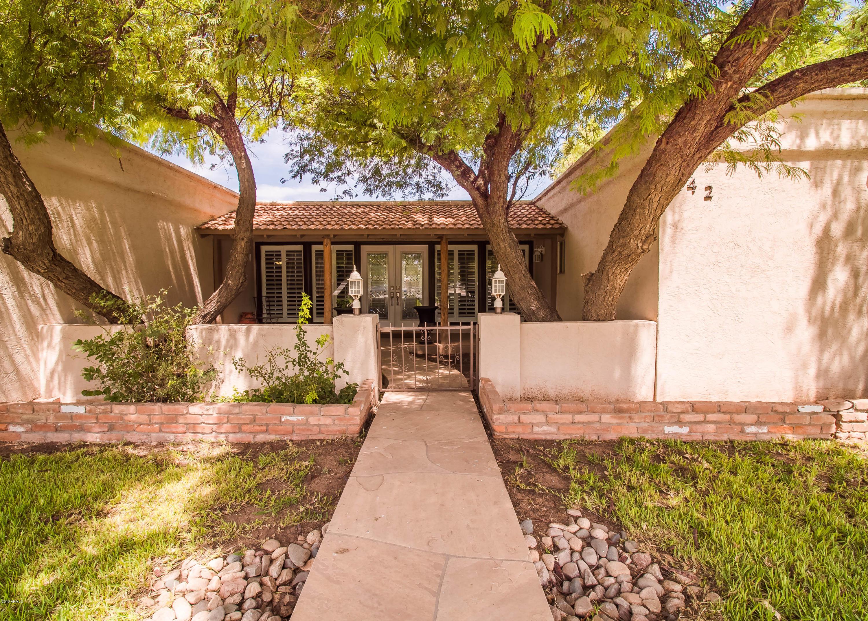 Photo of 942 E KAEL Street, Mesa, AZ 85203