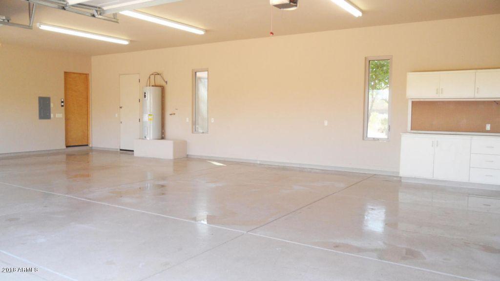 MLS 5840786 2431 W PHOTO VIEW Road, New River, AZ New River AZ Equestrian